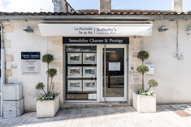 The reference of charm and prestige real estate in La Rochelle and Île de Ré